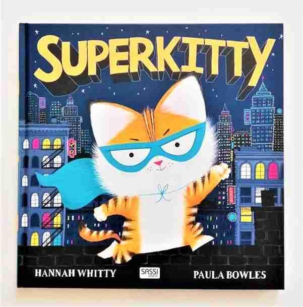 SUPERKITTY di Hannah Whitty e Paula Bowles, SASSI JUNIOR